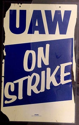uaw-on-strike.jpg