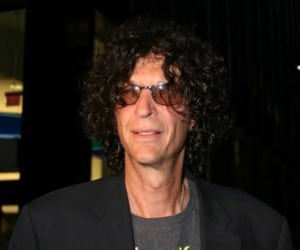 howard-stern-black-suit
