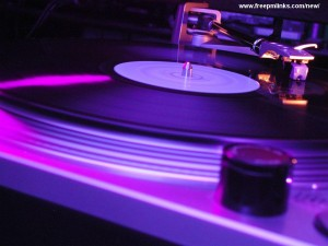Dj Turntable 1024x768 Club Music Wallpaper