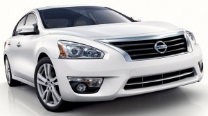 New-2013-Nissan-Altima-front